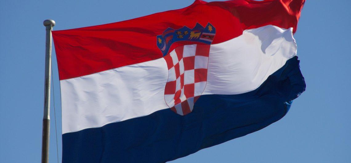 Kroatische Nationalhymne, kroatische Flagge