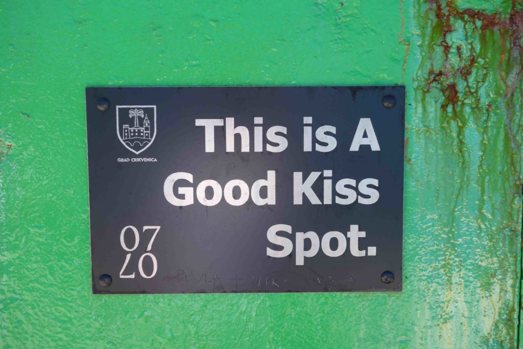 This is a good kiss spot