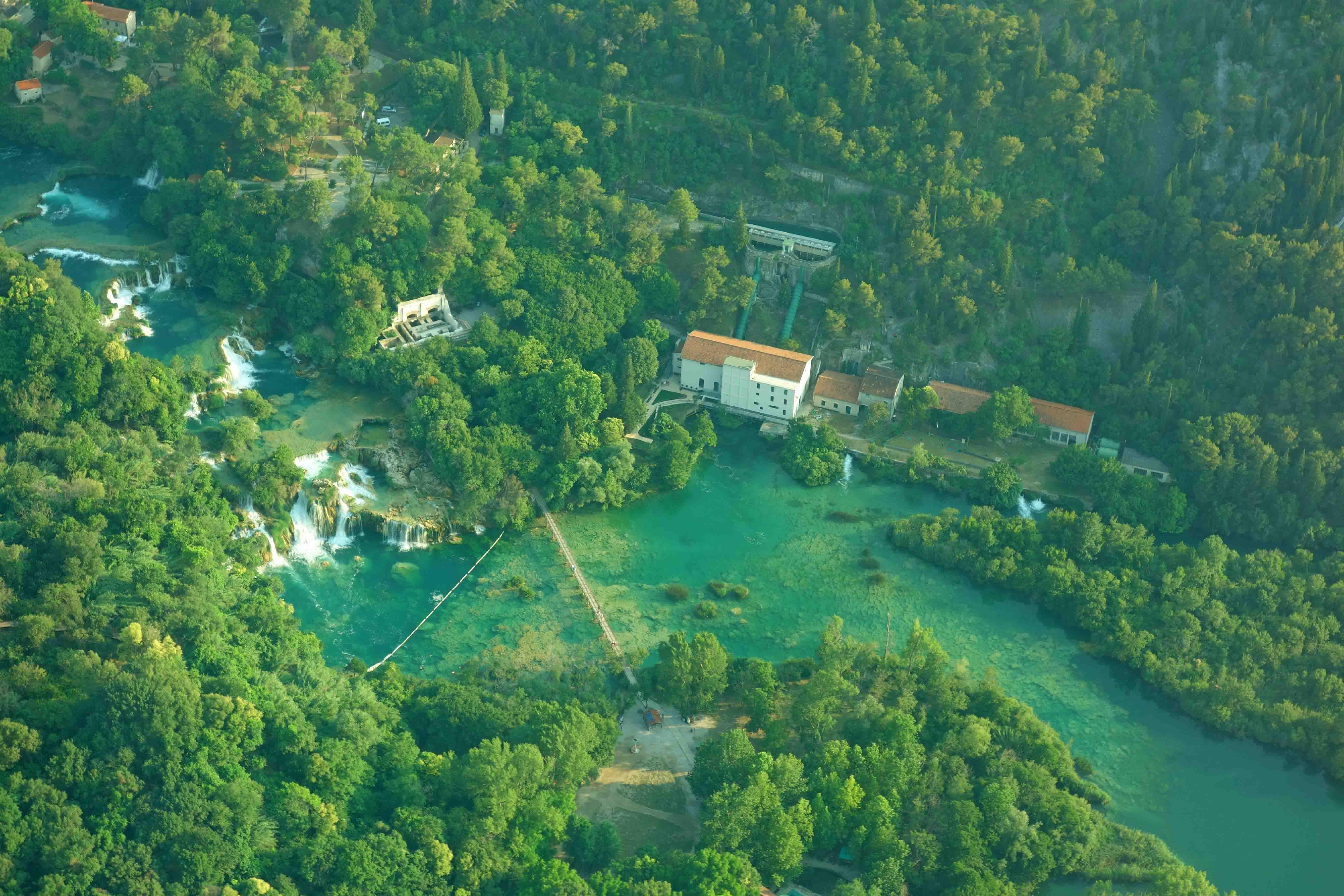 Rundflug Krka Wasserfälle