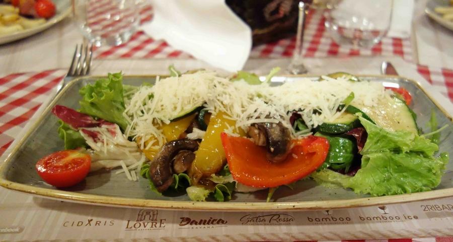 Salat im Restaurant Zadar Jadera