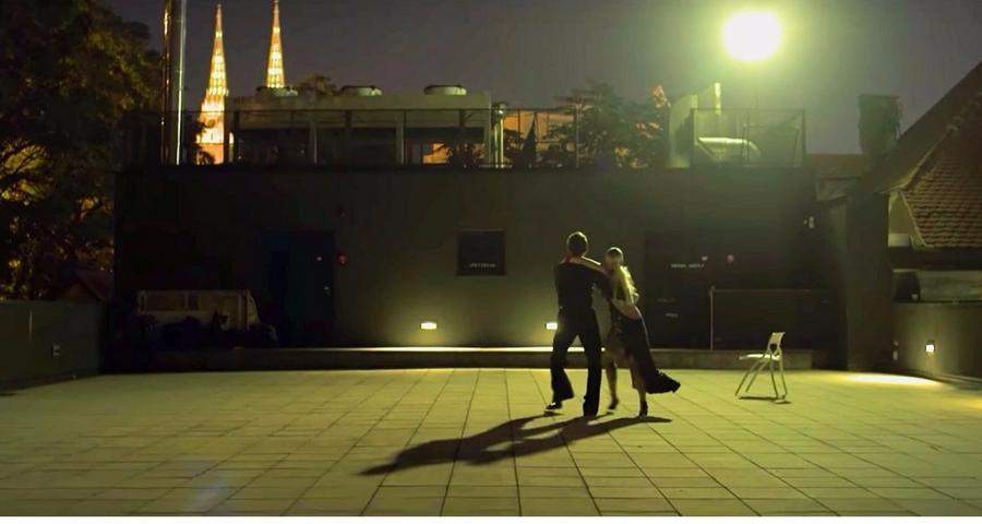 Musikvideo Negdje Nina Kraljic
