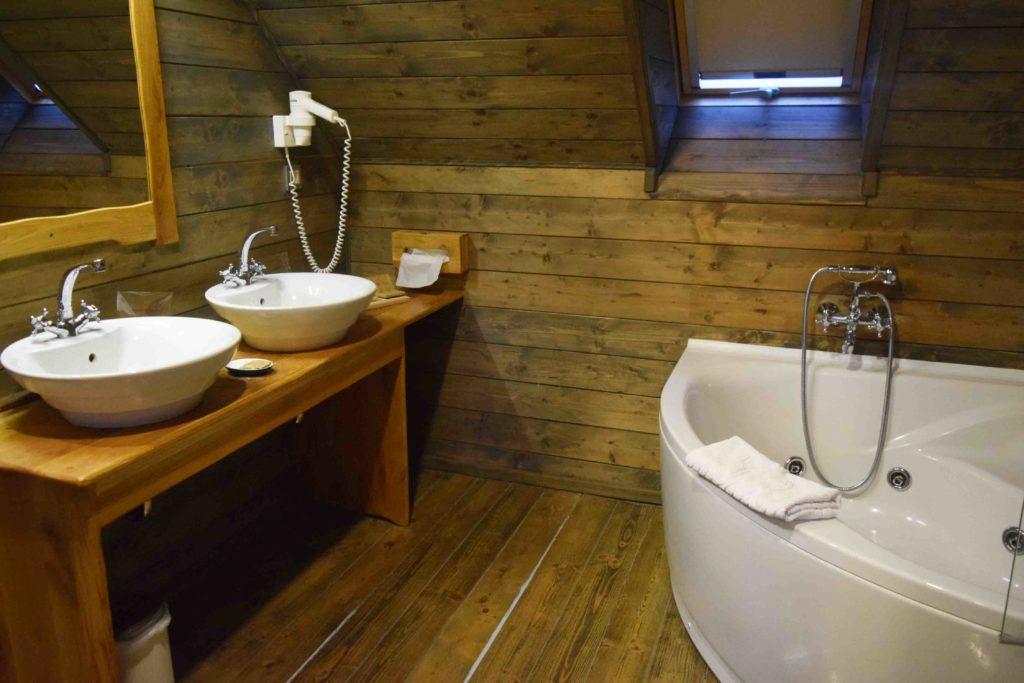 Badezimmer mit Whirlpool Ethno Houses Plitvica Selo