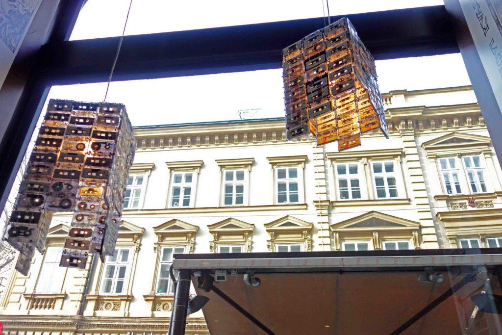 Kreatives Ambiente im Eiscafé b 041 Zagreb