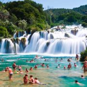 Baden an den Krka Wasserfällen, Ausflüge in Kroatien