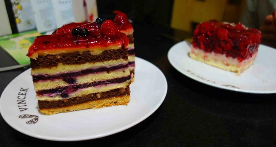 Leckere Kuchen in der Vincek Slasticarna Zagreb