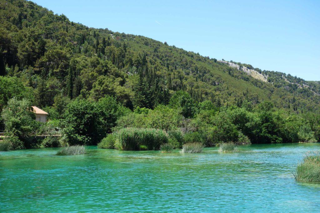 Kein Schwimmen an den Krka Wasserfällen flussabwärts