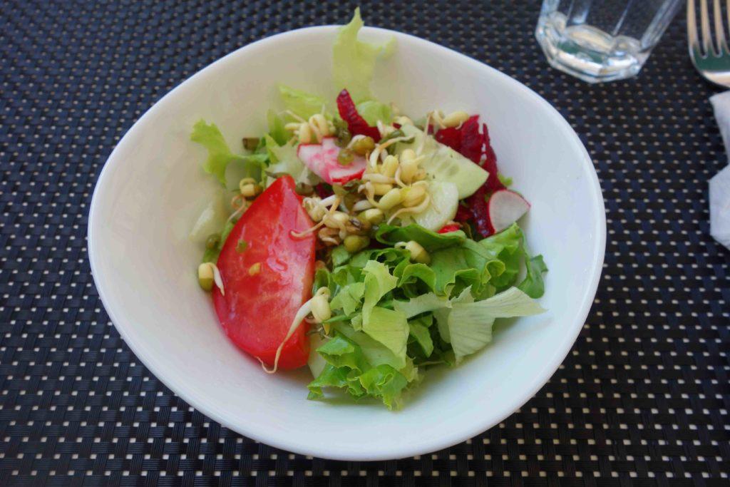 Salat im Restaurant Makrovega Split