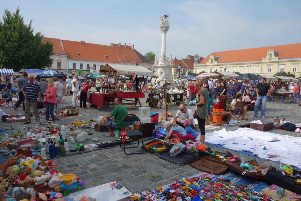 Antiquitätenmarkt in Osijek