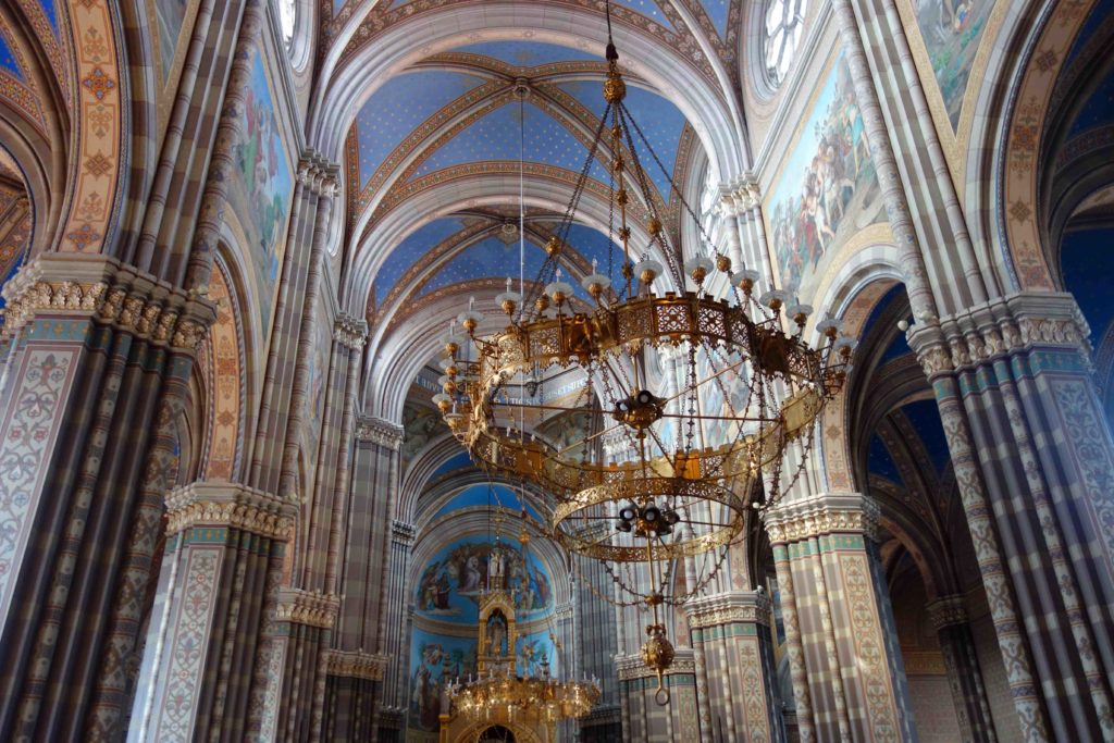 In der Kathedrale von Đakovo