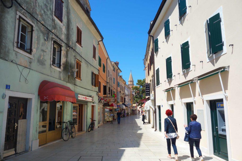 Einkaufstraße in Umag, Istrien