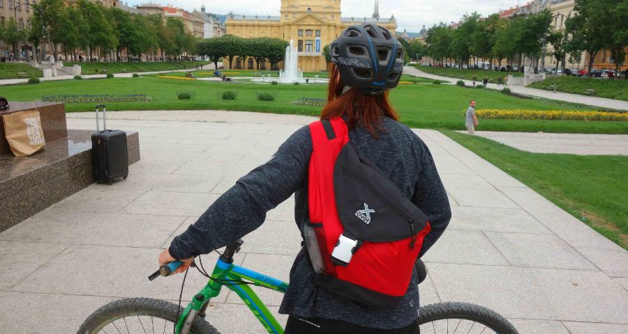 X-Over Rucksack beim Radfahren