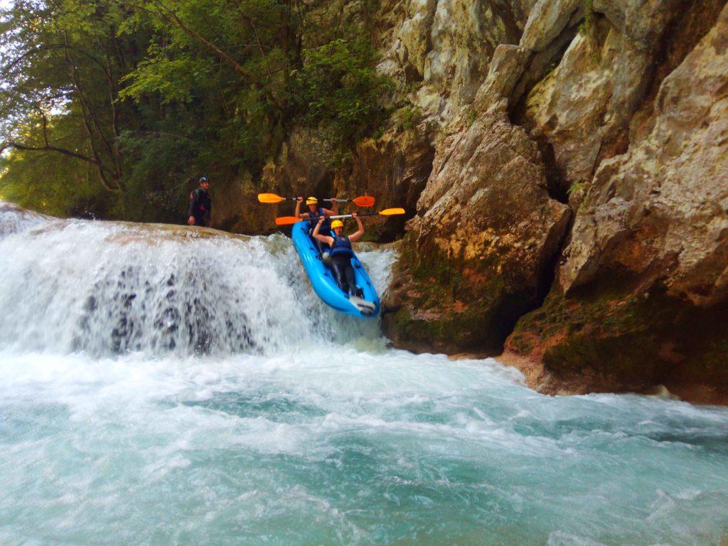Rafting Mreznica auf dem oberen Fluss